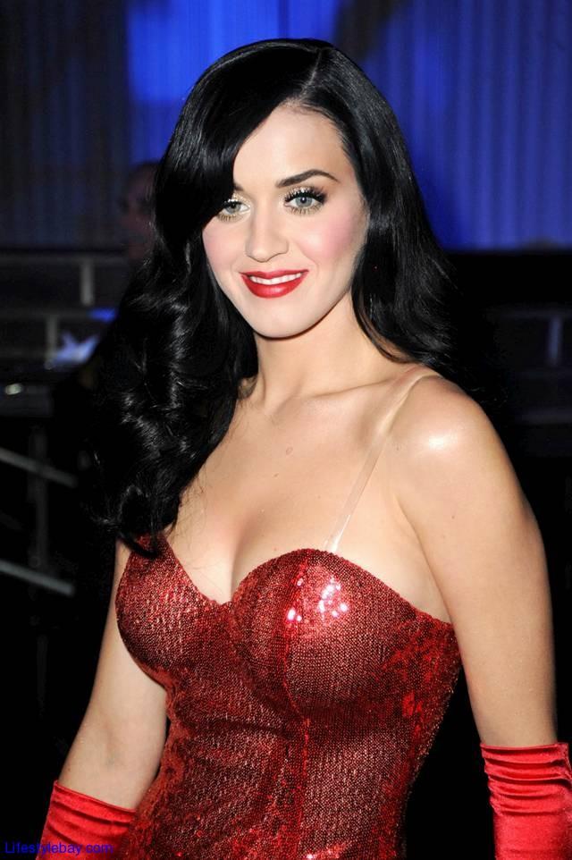Katy Perry 2O Hottest Photos